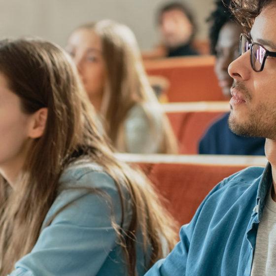 Etudiants dans une auditorium